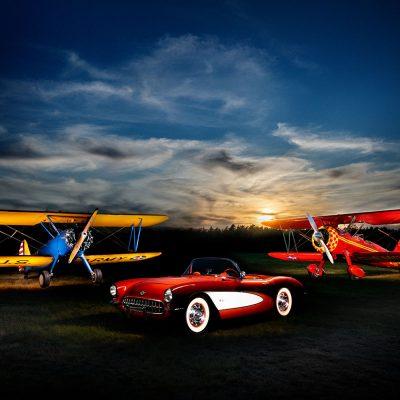 corvette-c-1-mit-zwei-boeing-stearman-demdv-n60hw-lichtkunst-maren-kolf-fotografie-wedemark