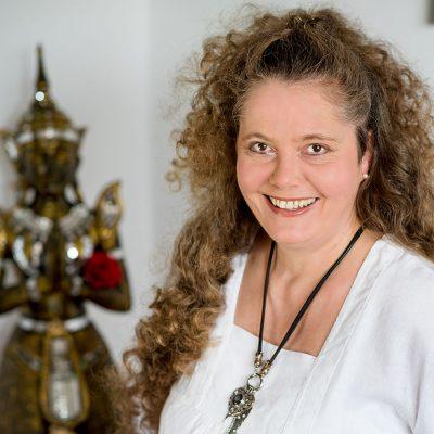 heilpraktikerin-andrea-gerschler-haut-personalityportraits-maren-kolf-fotografie-wedemark-titel